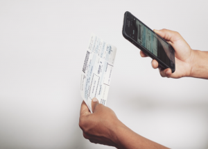 Airline Improves Customer Service & Cuts Costs with Barcode Scanning on Smartphones