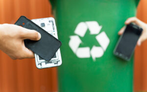 Research by giffgaff reveals that 72% of the UK have no idea what e-waste is